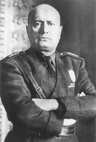 Benito Mussolini, dittatore